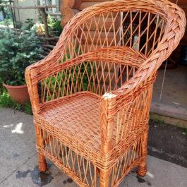 Кресло плетеное из лозы 01