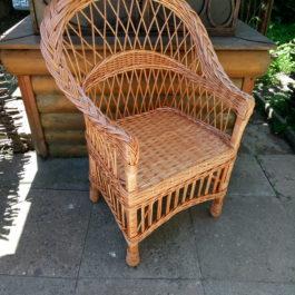 Кресло плетеное из лозы 05