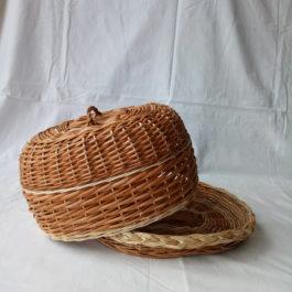 Хлебница из лозы 01